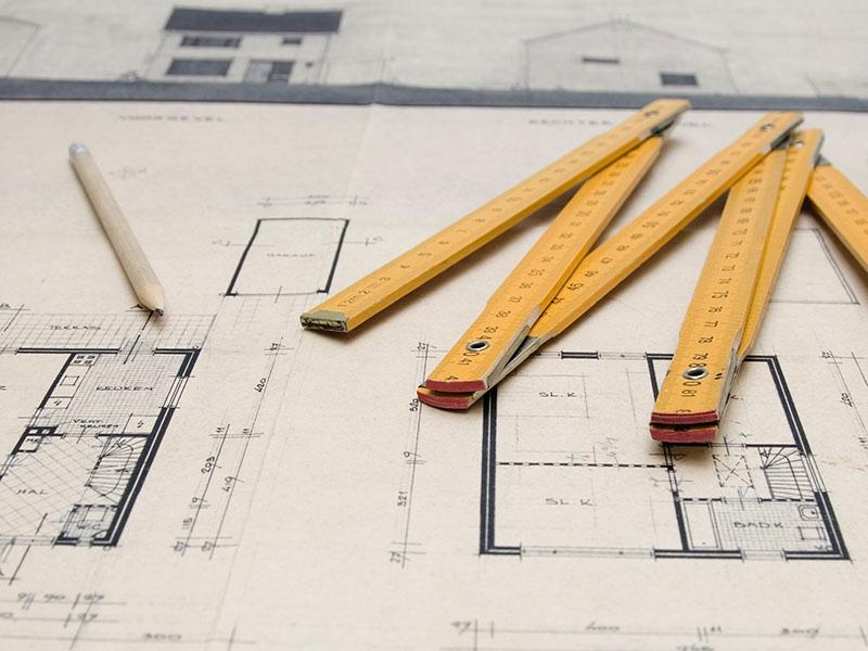 Vagas gratuitas para os cursos de Desenho de Construção Civil e Hospedagem